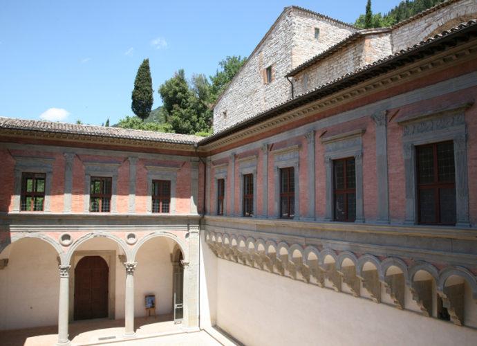 Palazzo-Ducale-Gubbio-copertina