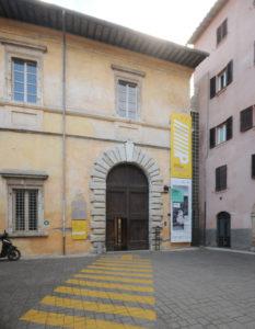 Facciata_di_Palazzo_della_Penna,_Perugia