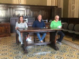 Un momento della Conferenza stampa con l'Ass. Bucari e Santarelle e Serroni del CAI-in