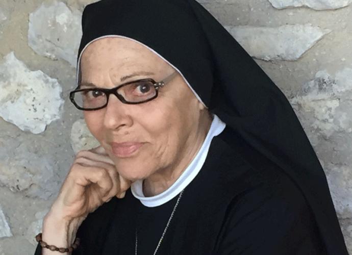 Valeria-Fabrizi-cop