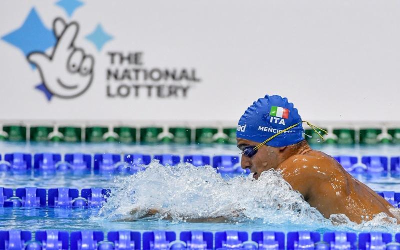 Riccardo Menciotti in vasca